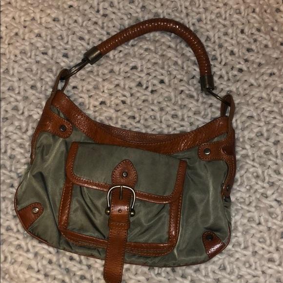 Burberry Handbags - Olive Green Authentic Burberry Purse! ✨ 34d01e8de705b